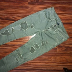 American Eagle Army Green ripped jeggings